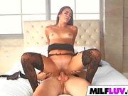 Curvy MILF Spreads Her Legs