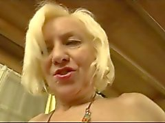 cougar blonde baisee hard par william