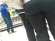 Nice big ass milfs in tight pants 2