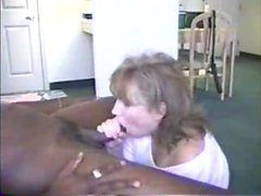 Amateur girlfriend homemade blowjob with facial cumshot