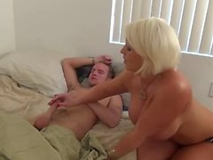 Hot Amazon Blonde Cougar Works One Out
