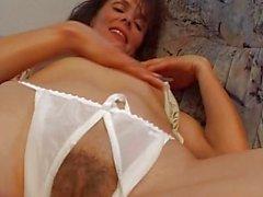 MILF Gives A Hot Masturbation Show