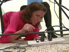 Big boobed MILF Veronica Avluv gets impaled on meat pole