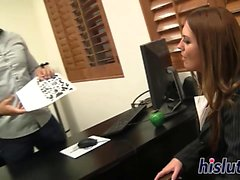 Kinky Bella makes a thick shaft explode