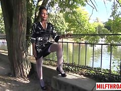 French milf dp and cumshot