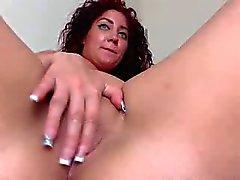 curvy webcam pussy teaser