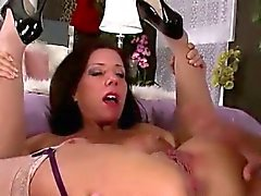 smashing hot divorced mom