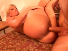 Darryl Hanah sends her lips getting a cock ready to please her holes