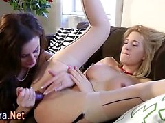 Stockinged brit milf eaten out