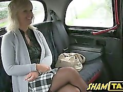 Milf pays her taxi ride with her mouth and pussy!