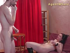 Wild cougar does erotic masturbation
