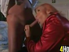 MILF With Great Tits Giving A Blowjob