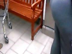 Laundry booty milf in grey sweats