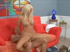 Fake boobs bimbo slut fucked in her milf pussy