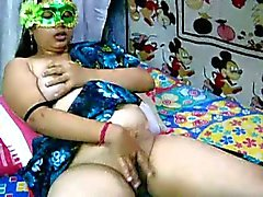 Amateur indian Velamma Bhabhi getting nasty