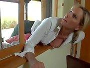mom stuck and friend sons take advantage