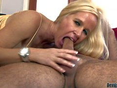 Big breasted cougar Totally Tabitha gievs bj to young stud