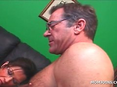 Busty MILF and daughter cunt licked in 3some