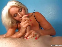 Milf Offers Cock Naughty Extra To Her Massage