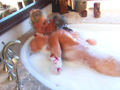 Sexy blonde milf gets banged in the bubble bath in hd