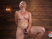 Sexy pornstar dildo with cumshot