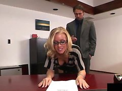 Nicole likes to get fucked by her boss every afternoon...