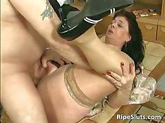 Divorced BBW mom with big tits sucks part1