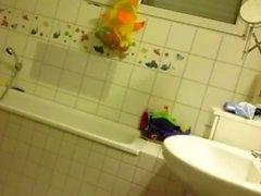 MILF shower hidden camera