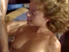 Stud gets BJ and fucks blonde's cunt then gives facial