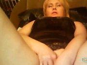 Webcam curvy mature milf in black lingerie
