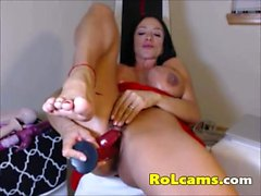 Beauty milf in red lingerie masturbates pussy