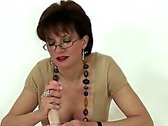 Adulterous english mature gill ellis presents her big boobie