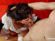 Old slut is very skilled at cock pleasing