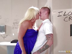 Alura Jenson fucks in a public toilet