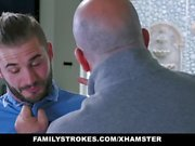 FamilyStrokes - Horny Aunt Fucks Nephew During Therapy