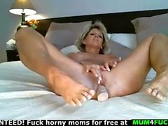 Busty mom milf have a big desire