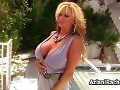 Sexy blonde milf goes crazy dildo