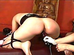 Brunette milf taken apart in dungeon toy shoving torture