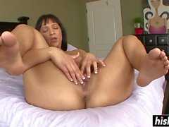 Horny curvy milf masturbated on a camera