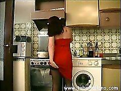 Moglie di Asti spompina in Cucina