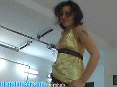 Wild MILF gives a sexy lapdance show