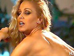 Sexy MILF Julia Ann sucking rigid cock