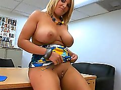 Voluptuous mother i'd like to fuck gets drilled