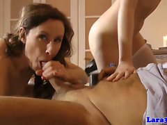 UK milf pussylicking and sucking during ffm