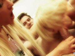 suicide blondes 2 - Scene 3