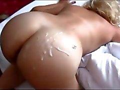 Booty milf on real homemade