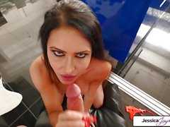 Jessica Jaymes sucking a big dick