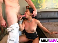 Stunning Asian MILF Lucky Starr