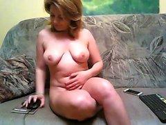 amateur leeyoona flashing boobs on live webcam