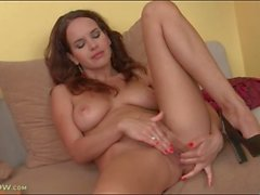 Solo finger fucking with big breasts milf